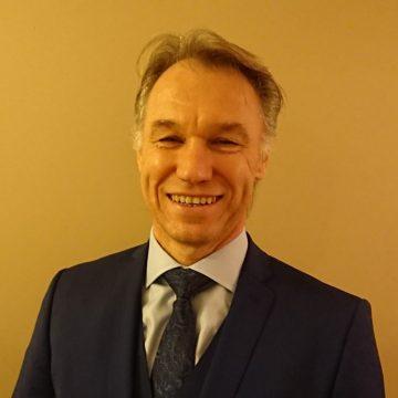Ian Knowles